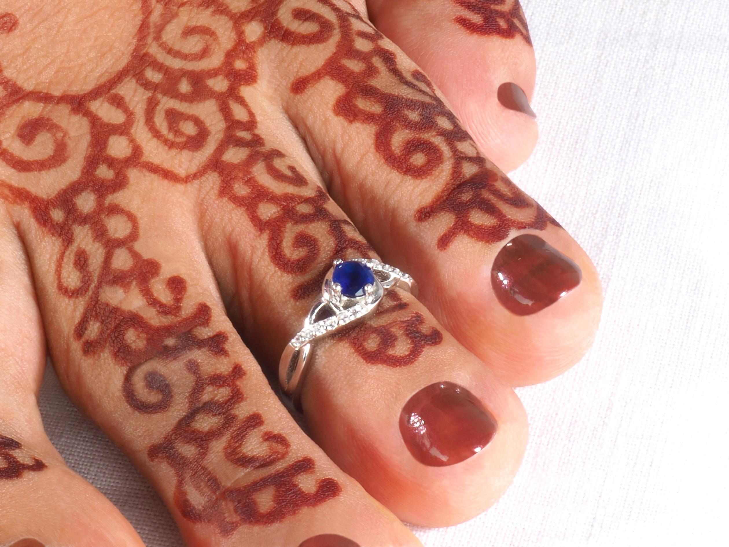 """Indischer Ring für den Zeh """"Mudrika Saphir-Blau mit 925er"""